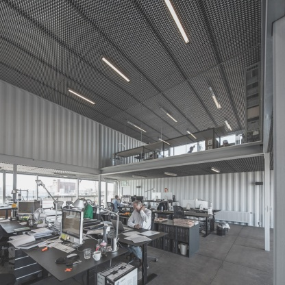 arcgency-made-to-be-moved-shipping-container-office-building-copenhagen-designboom-04