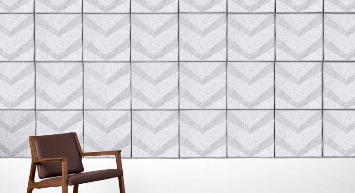 Ecoustic_Torque_Wall_Tile_Light_Grey_HG_Studio_Pip_Chair_FSP_Instyle_20171117_019_cropped_1280x700_0