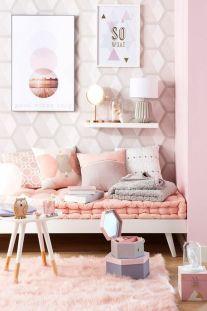 schlafzimmer dekorieren bilder rosa teppich lampe #LampSchlafzimmer
